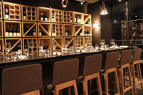 brazier wine bar lyon. Black Bedroom Furniture Sets. Home Design Ideas
